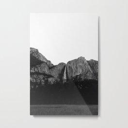 Yosemite Falls V Metal Print
