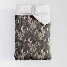 Jackalope - black and cream  Comforters