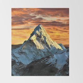 Mount Everest Throw Blanket