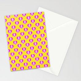 Skull heart pattern, punk rock skull, punk girl, love kills, yellow pink hearts, girly emo skull Stationery Cards