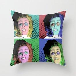 I quattro volti della Paura Throw Pillow