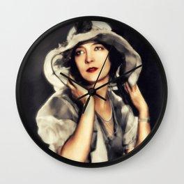 Lillian Gish, Actress Wall Clock