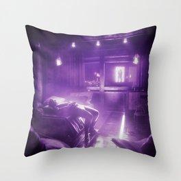 DREAMIN Throw Pillow