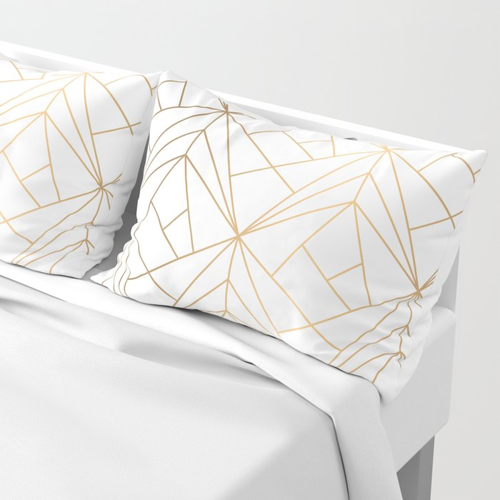 Geometric Gold Pattern With White Shimmer Kissenbezug