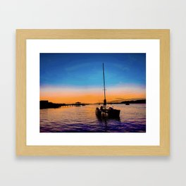 ámame Framed Art Print