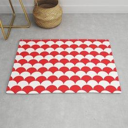 Red Fan Shell Pattern Rug