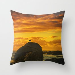 The lonely bird Throw Pillow