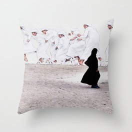 Arabs crossing Throw Pillow